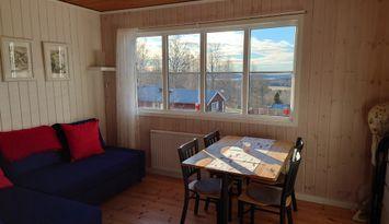 Mysig stuga med fin utsikt nära Tiveden