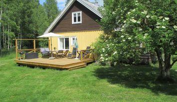 Hus i Urshult, med egen strand vid Åsnen