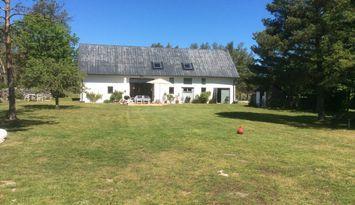 Kalkstenslada med Gotlandskänsla