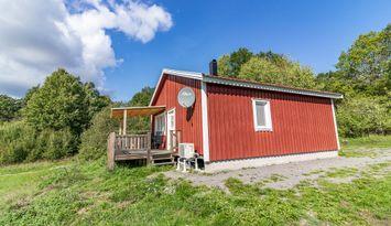 Modern stuga nära havet och Västervik, bad, fiske