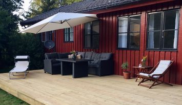 Newly renovated lakeside house at Österlen, cleaning included