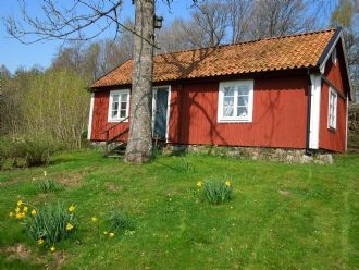 Rent our cozy red cottage in the quiet countryside - 4 bedden in Idemåla, Tingsryd, Konga, Småland - Kronobergs län