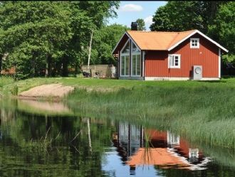 Beautiful Cottage By The Lake On A Farm In Smaland