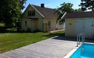 2 lägenheter m uteplats, tillg t pool norra Öland