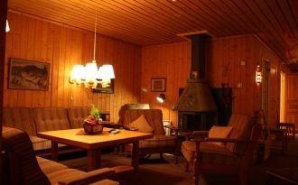 Große gemütliche Hütte in südlicher Lage mit sauna