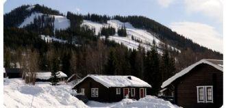 Timrad Fjällstuga i Kläppens skidanläggning
