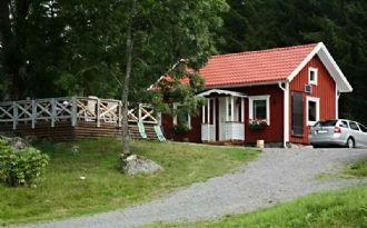 Nybyggd stuga med standard utöver det vanliga