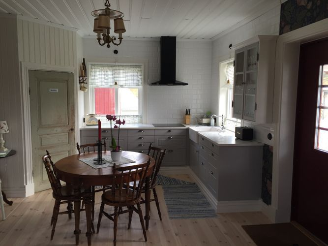Newly renovated cottage from the turn of the centu - 2 + 2 beds in Liared