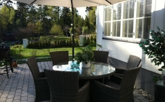 Moderne Villa in Meeresnähe