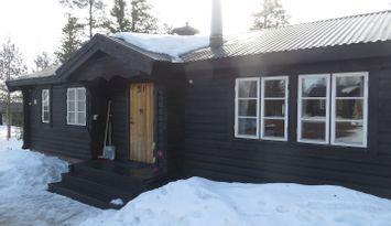 Lovely cottage in Gubbmyren next to Lindvallen