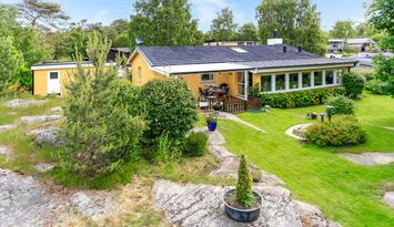 Modern house in Halmstad close to beach and golf