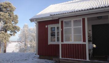 Hutte beim See Solgen in Småland