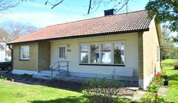 Villa i centrala Klintehamn uthyres.