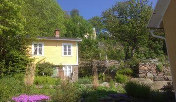 Entzückendes Gartenhaus mit Aussicht über das Meer