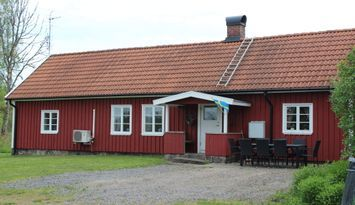 Halland's wing on the countryside