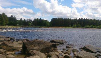 Cottage by the river near Järvsö