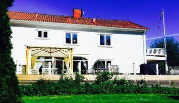 Villa Fantastica vid Näveån i Nävekvarn