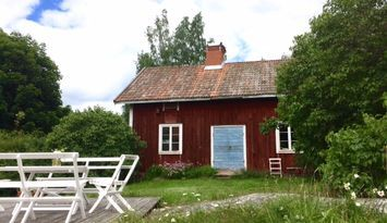 Cottage in the archipelago of St Anna (on island)
