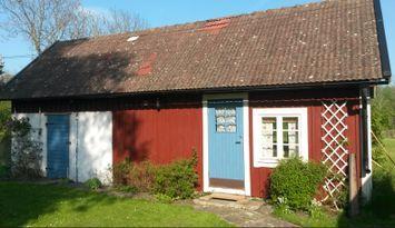 Mysig och fräsch stuga i Högby 2 km från Löttorp