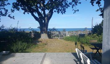 Seaview cottage for 10 people, Byxelkrok