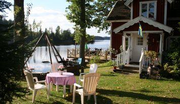 Stuga Precis vid Sjön (Sämsjön)Båt Fiske i sverige