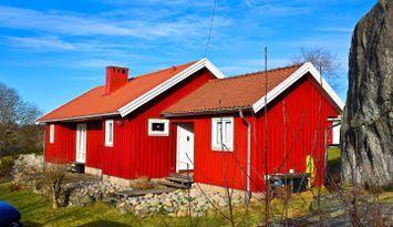 Summer 2021, Exquisite Hälleviksstrand 2 cottage.