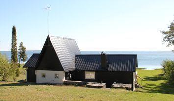 Hus med sjötomt i Lergrav