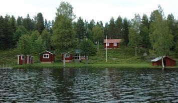 LAKE HOLMSJÖN - Strandtomt (Motor)Båt Bastu Fiske
