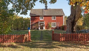 Swedish Country House in peaceful surroundings