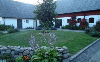 Genuine dwelling at the Kastanje farm