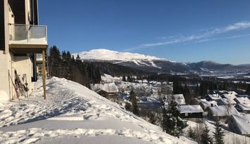 Ski in / ski out with panorama, newly built