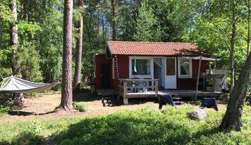 Mysig stuga nära havet på Brottö-Ingmarsö