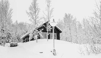 Stor mysig familjestuga i vildmark Kittelfjäll