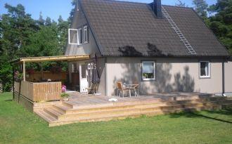Mysigt hus nära Visby och havet