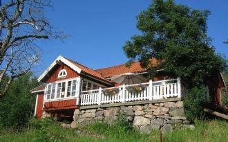stort rymligt hus mycket bra standard båt fiske