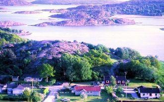 Westcoast, Tjörn, by the sea