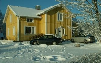 Low fare rooms to let near skiing facility Isaberg