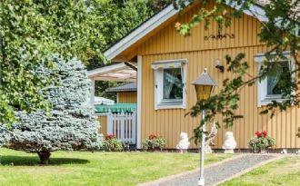 Beautiful house next to Lake Mälaren