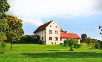 Wunderbares Haus aus dem 18. Jhdt auf 6 ha in Ljugarn/Gotland