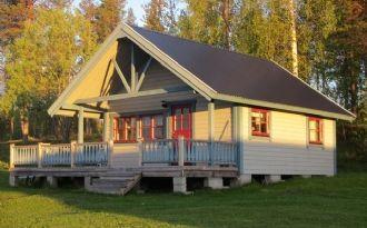 Beschauliche Hütte im malerischen Tornedalen