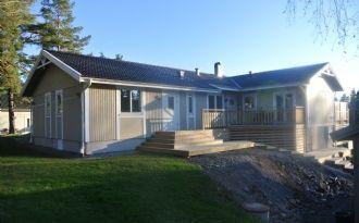 Sjönära villa i Stockholms skärgård