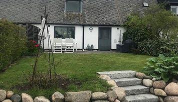 Charmigt hus i Borrby på Österlen!