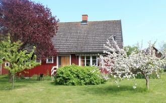 Sommarhus med stor grön tomt, Öland