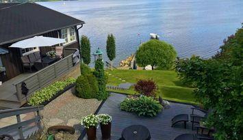 Hus på Höga Kusten med fantastiskt läge vid havet