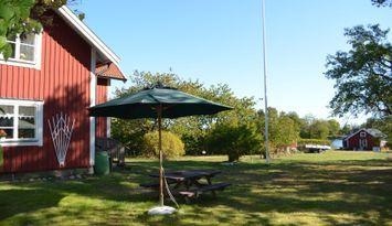 Farmors sjöstuga, Tjockö