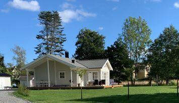 Nybyggt hus mitt i skärgårdsidyllen Gräddö