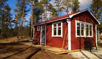 Smaller cottage in Vägumeviken