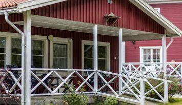 8-bädds stuga nära Läckö Slott