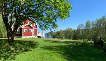 Avskild charmig sommaridyll i Dalsland