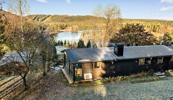 Fantastisk utsikt över Isaberg & sjön 6 bädd. Wifi